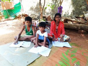 Bhubanewsar, Odisha State, schoolsupllen India