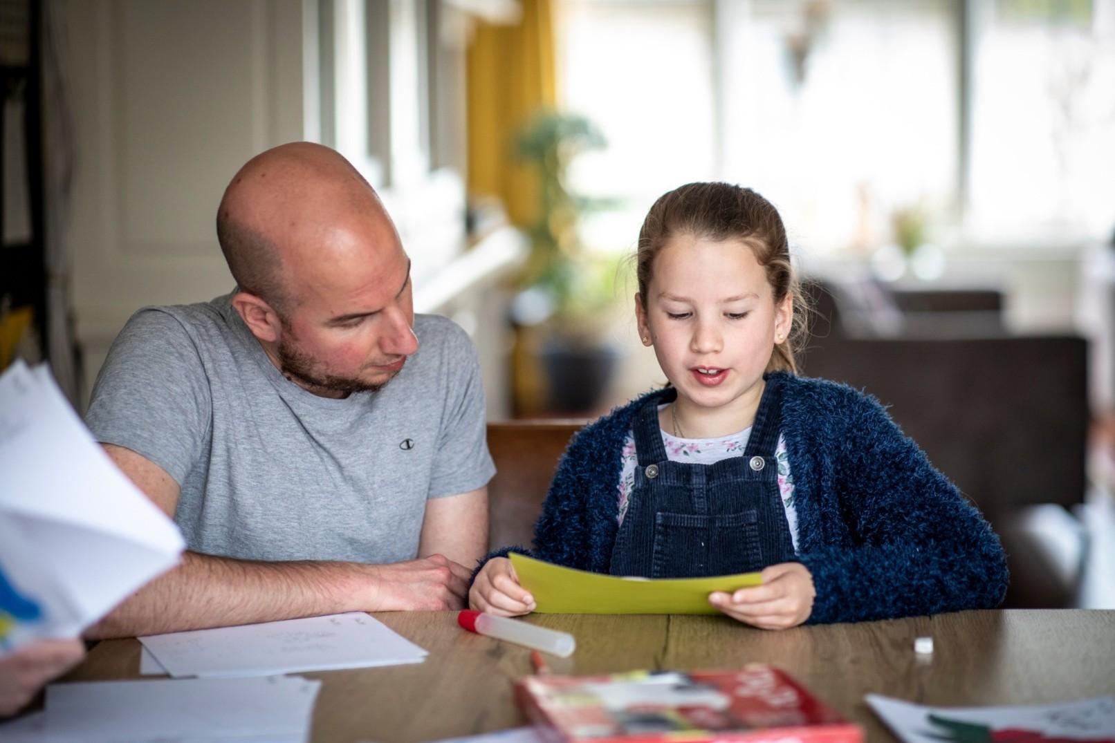Lars Gerfen met zijn dochter
